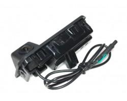 Штатная камера заднего вида GCAM GC700 VW/Skoda
